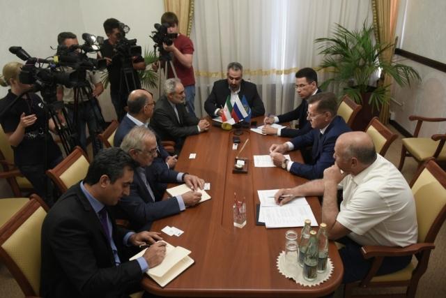 Встреча губернатора Астраханской области Александра Жилкина с генеральным директором компании Arian Said Industrial Group Али Саиди