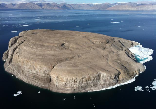 Арктика: виски — аргумент в территориальных спорах