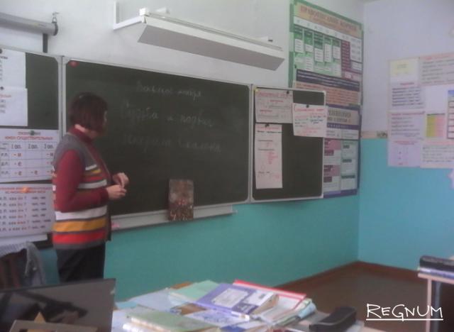 Только обращение к Путину помогло сохранить школу в алтайском селе Старая Суртайка