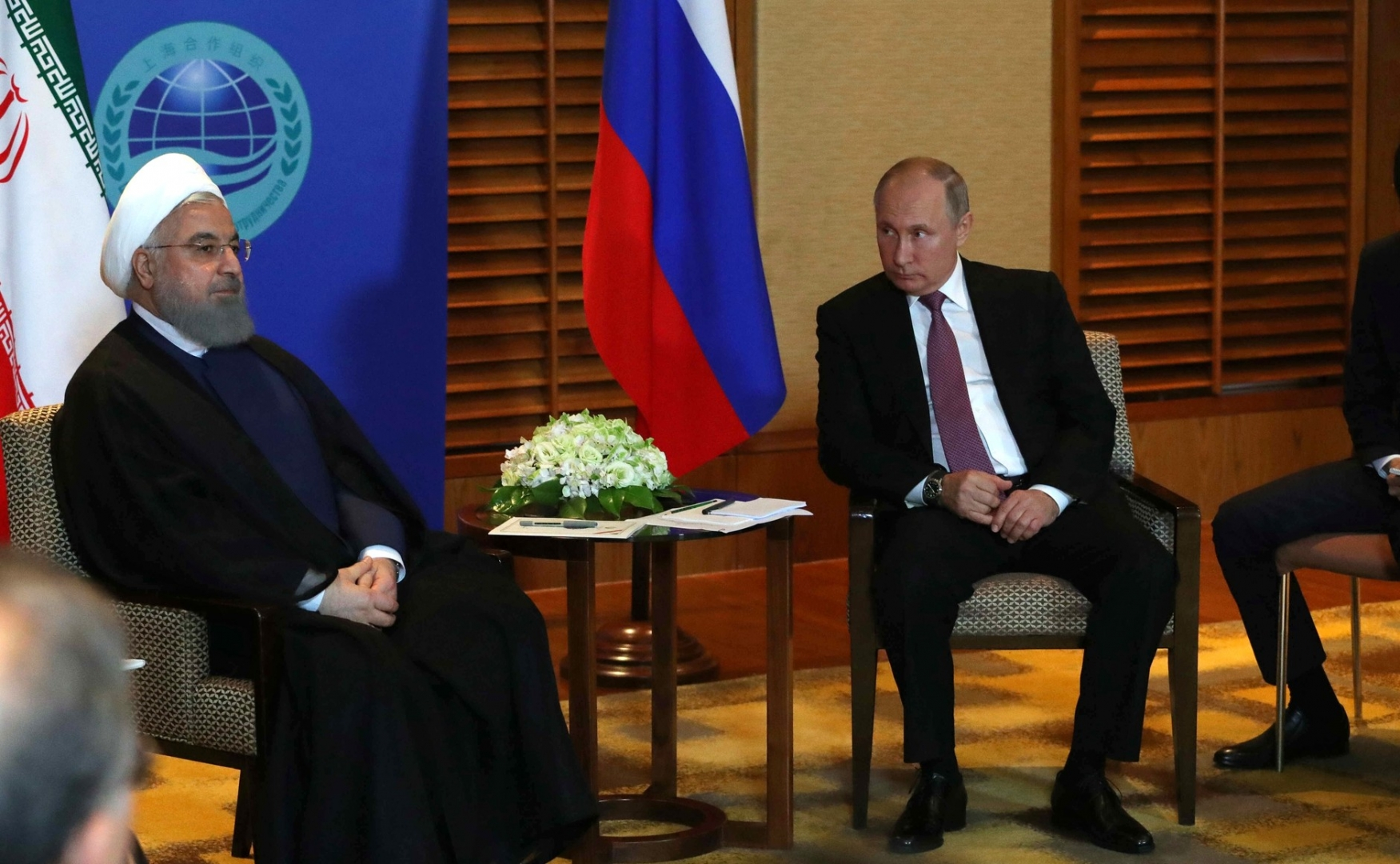 Встреча Владимира Путина с Хасаном Рухани на саммите ШОС