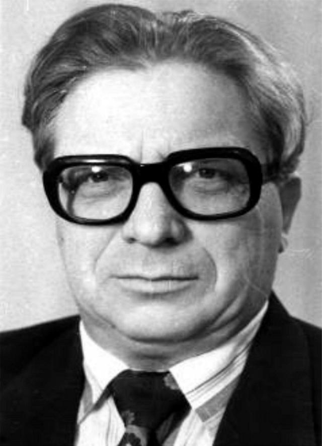 Профессор Магнитогорского государственного технического университета Анатолий Васильевич Вачаев (1934-2000), автор установки «Энергонива».