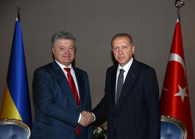 Для чего Эрдоган приглашает Порошенко в Турцию