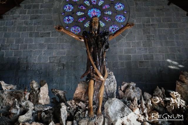 Многие игороты приняли христианство, причем не католичество, как большая часть остальных филиппинцев, а протестантство