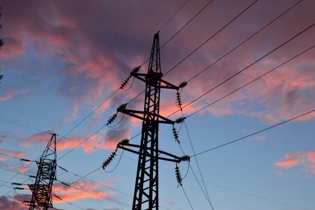 Власти Крыма обещают восстановление электричества через три часа