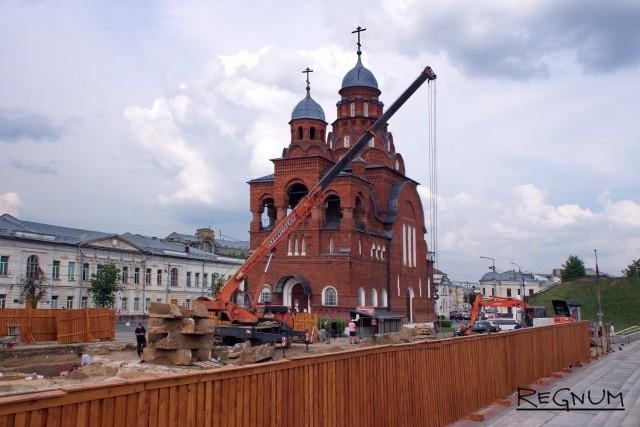 Из-за строительства фонтана во Владимире пострадал Музей хрусталя