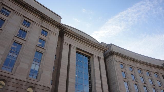 В Узбекистане НКО обязали оповещать о мероприятиях за десять дней