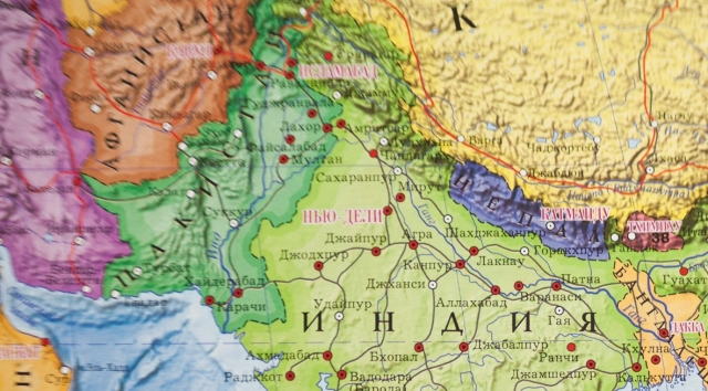 Военные Индии убили двух подростков в Кашмире