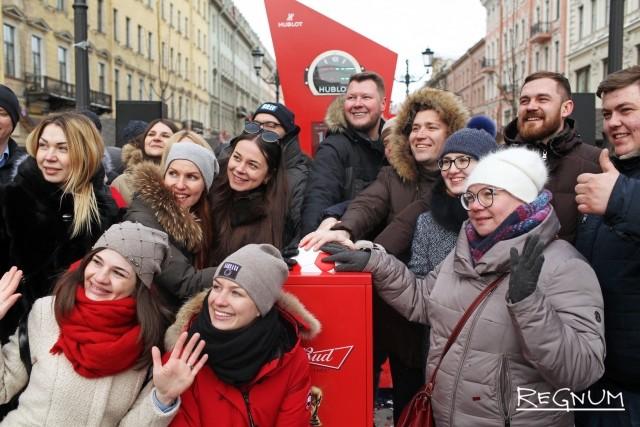 Горячая линия, call-центр: на Урале готовы принять иностранных болельщиков