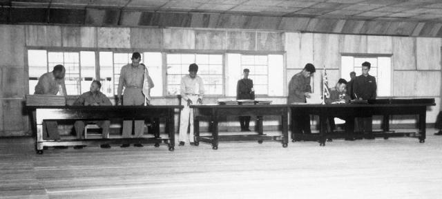 Подписание договора о перемирии 27 июля 1953 года