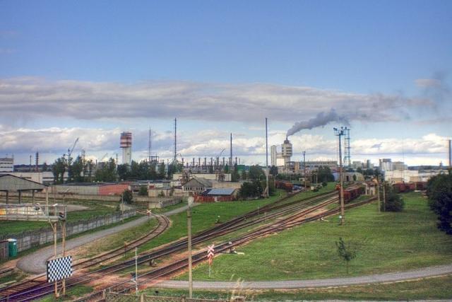 Крупнейшее предприятие Литвы подтвердило кризис из-за СПГ-терминала