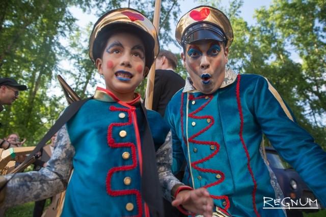 Архангельск принимает 24-й Международный фестиваль уличных театров