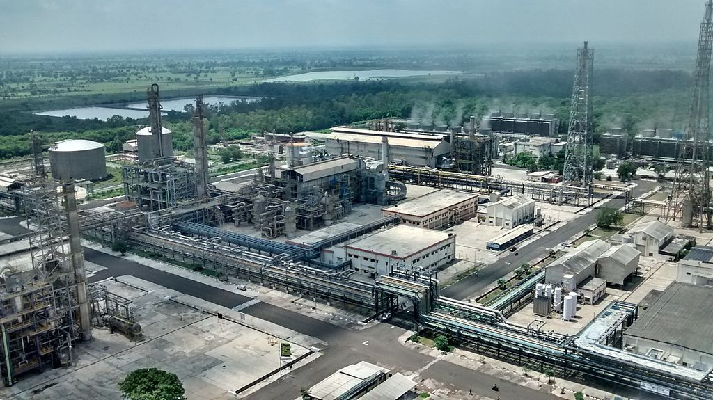 Химический комбинат в Индии