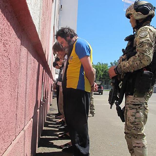 В Казахстане задержаны восемь человек по подозрению в подготовке терактов