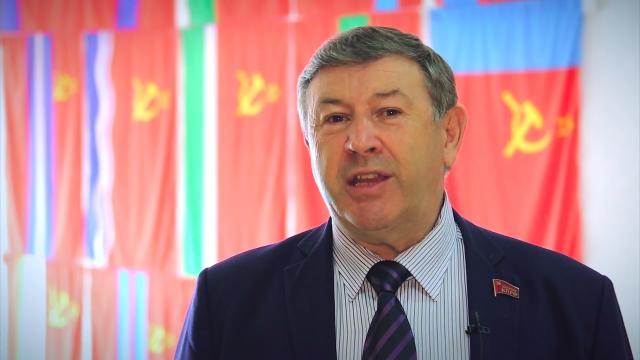 Петр Медведев — Первый секретарь краевого отделения КПРФ