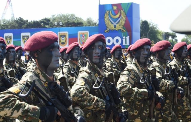 Ереван прокомментировал парад в Баку словами о «стратегических поражениях»
