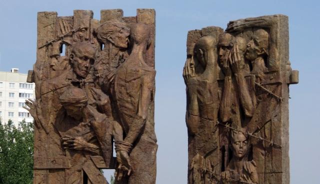 Главы Белоруссии, Германии и Австрии посетили бывший лагерь смерти в Минске