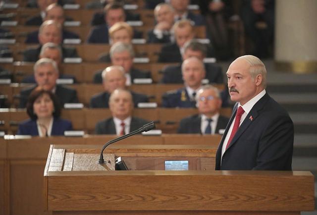 Лукашенко призвал КГБ Белоруссии бороться с терроризмом