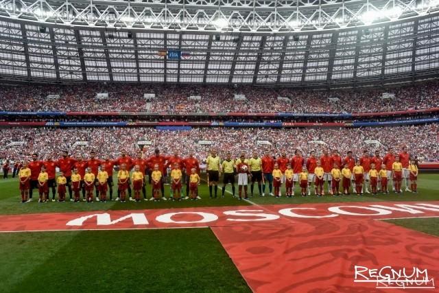 «Это останется в истории!»: в сети празднуют победу РФ в матче с Испанией