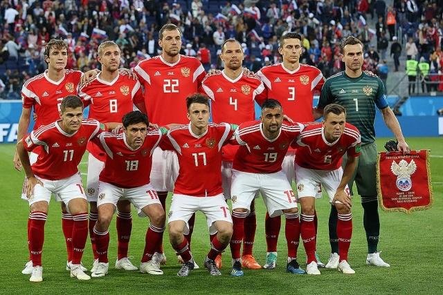 Сборная России по футболу напишет новую историю команды, заявил  Акинфеев