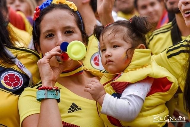 Поддержать сборную Колумбии приехали семьями