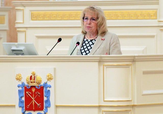 «Нам, депутатам, нисколечко не стыдно»: в ЗС Петербурга поспорили о пенсиях