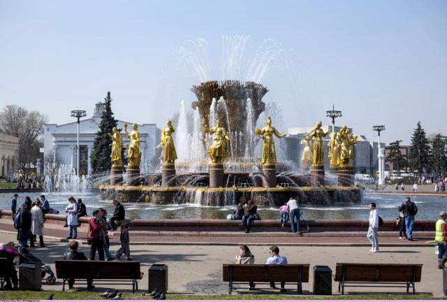 В АО «ВДНХ» объяснили причины демонтажа павильона «Мосхлебторг»