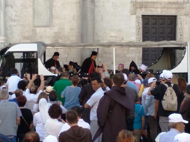 Бари. Молитвенная встреча папы Франциска и ближневосточных патриархов