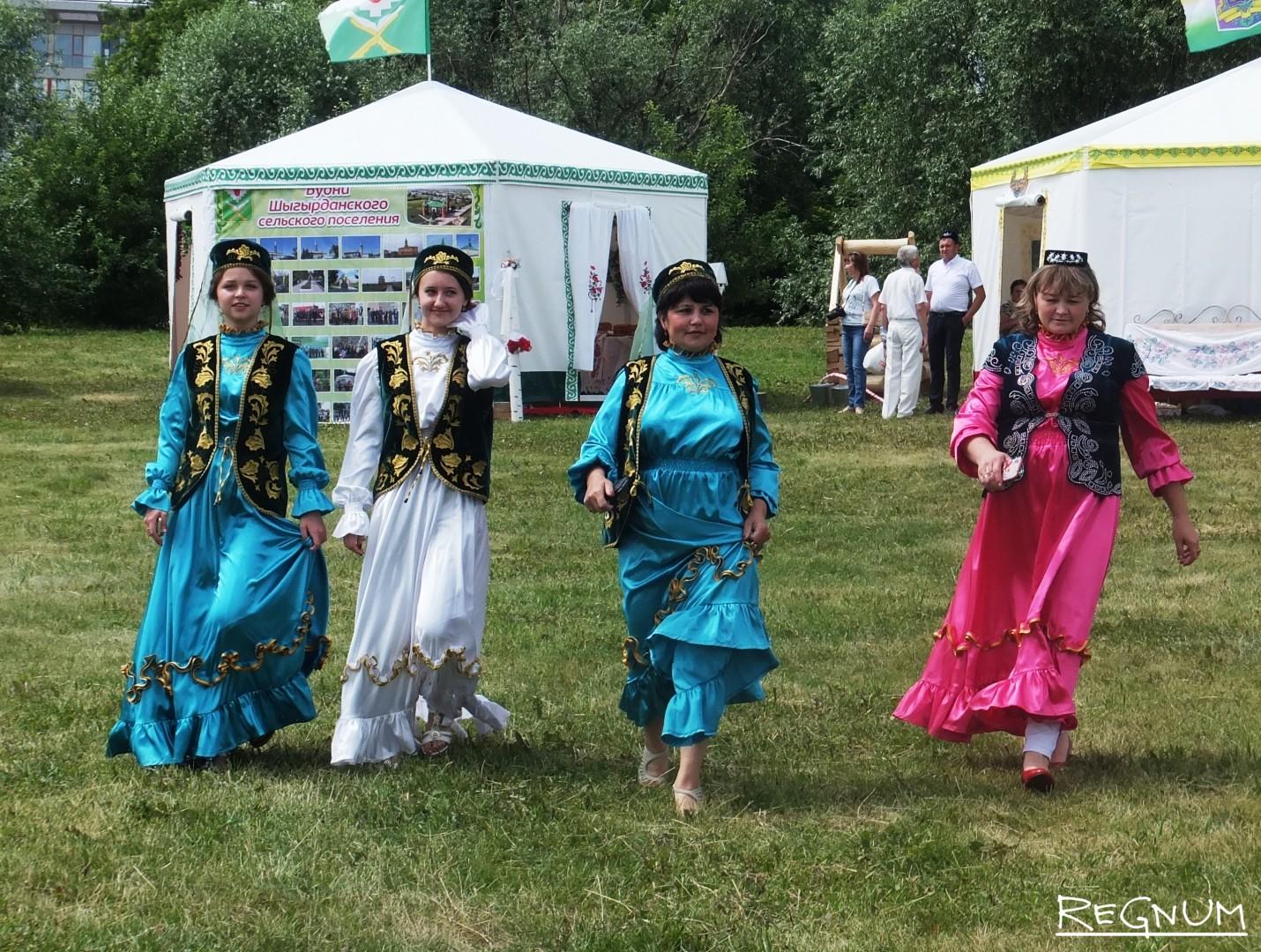 Представители татарской национально-культурной автономии