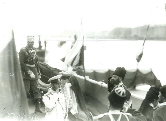 Николай II и Александра Федоровна в день открытия I Государственной Думы