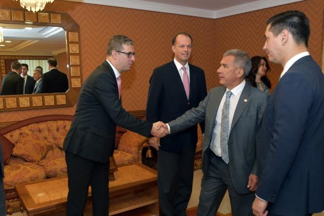Встреча Президента Республики Татарстан Рустамр Минниханова с делегацией компании «Берингер Ингельхайм