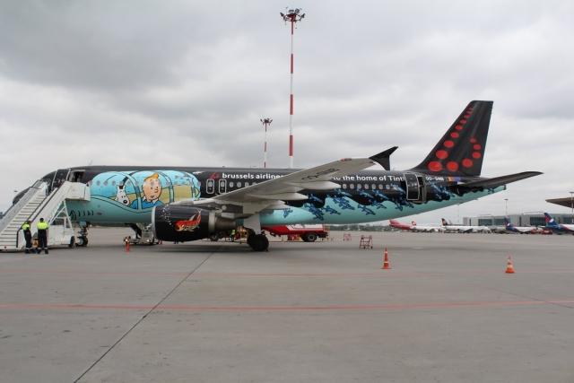 Сборная Бельгии прилетела в Петербург на самолете «из комиксов»