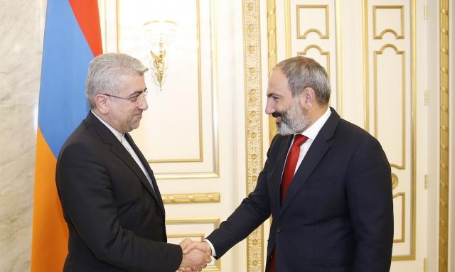 Никол Пашинян и Реза Ардаканиан