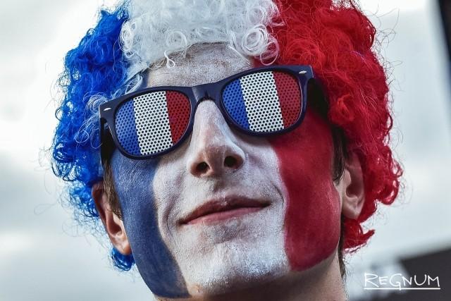 Как в Москве наблюдали за матчем Франции и Бельгии: эмоции зрителей