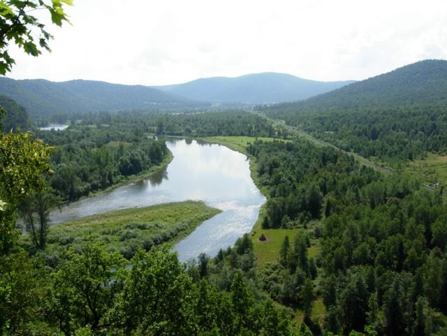 Река Инзер в Башкирии