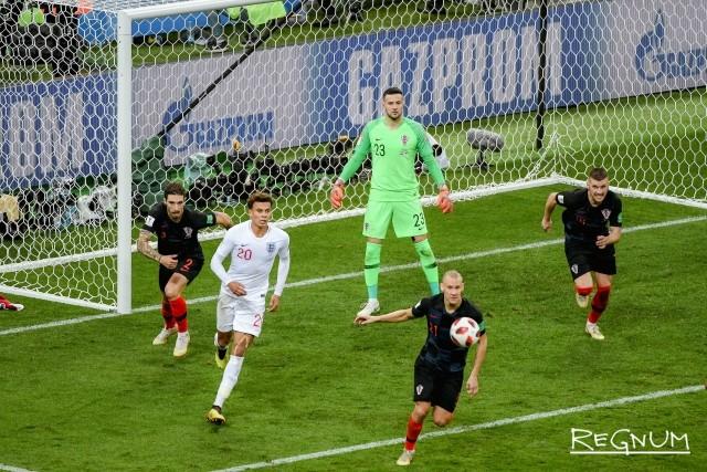 Матч полуфинала ЧМ-2018 между сборными Англии и Хорватии на стадионе «Лужники»