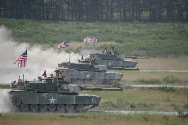 Американские танки на учениях в Европе