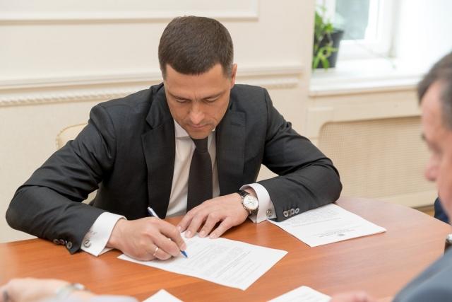 Врио главы Псковского региона стал официальным кандидатом в губернаторы