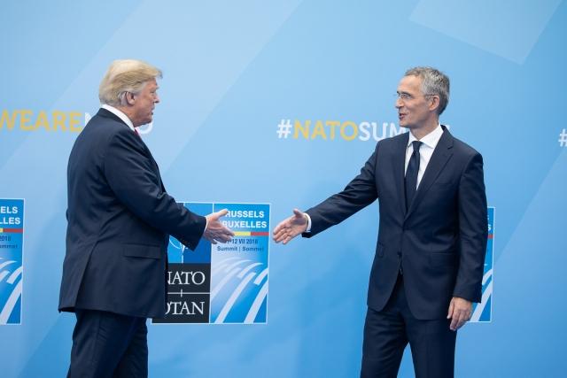 Atlantic: В чем истинные причины противостояния между НАТО и Трампом?