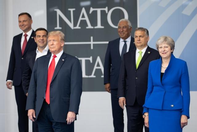 Дональд Трамп с членами Организации Североатлантического договора. Саммит стран блока НАТО. 11.07.2018