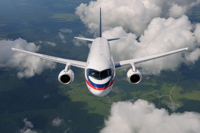 Испытательный самолёт SSJ-100 совершил аварийную посадку в Раменском