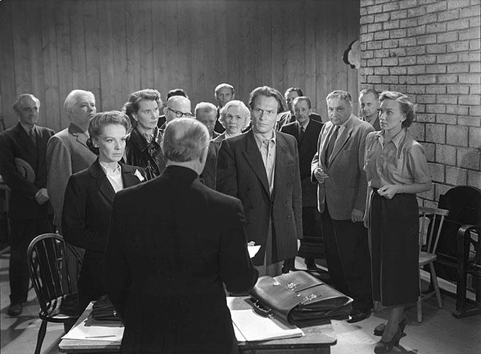 Цитата из к/ф «Такого здесь не бывает». реж. Ингмар Бергман. 1950