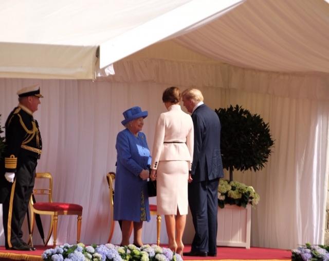 Трамп встретился с королевой Великобритании