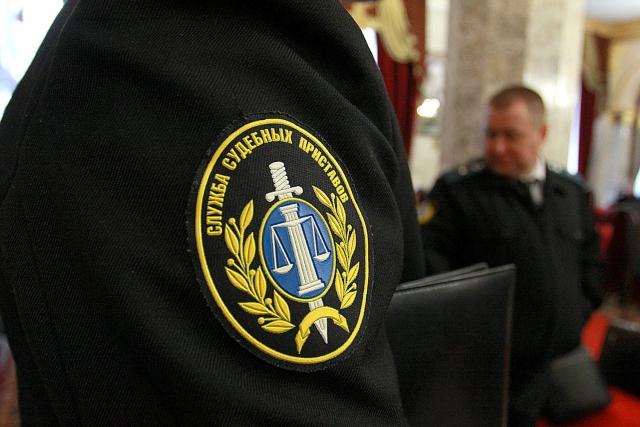 ФСБ обыскала судебных приставов на Урале