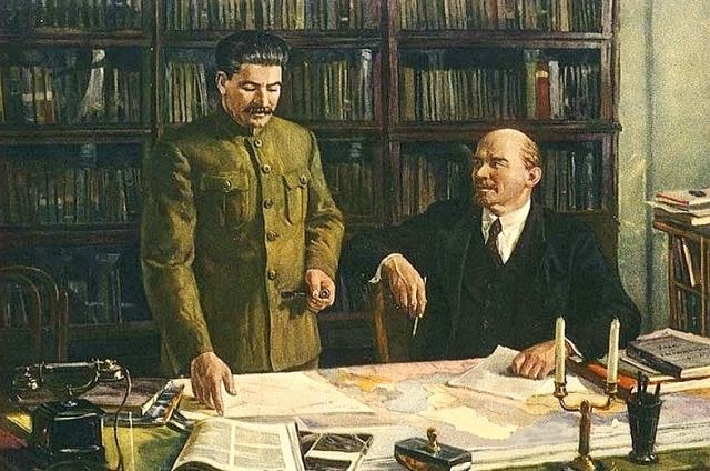 На Урале установят бюсты Ленина и Сталина