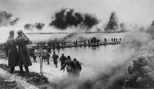 Форсирование Днепра. 1943