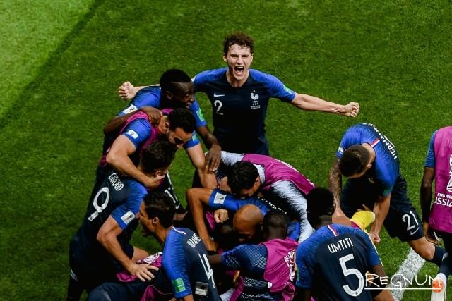 Франция забивает гол