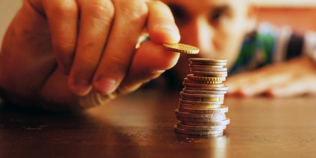 Топилин скорректировал данные по росту пенсий с 2019 года