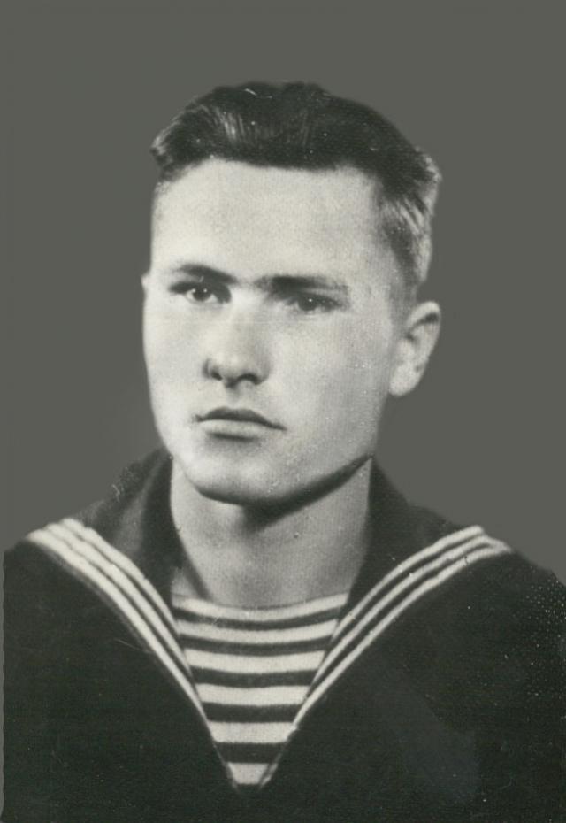 Василий Шукшин во время службы