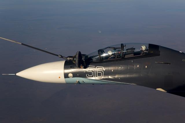 Кабина истребителя Су-30СМ