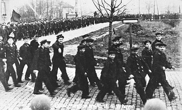 Демонстрация матросов в Киле. 1918